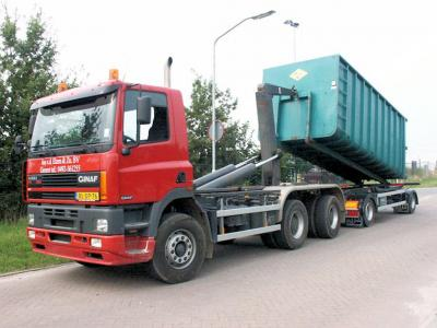 Verhuur van containters en transport in Gemert, Bakel, De Mortel, Handel, Elsendorp, Erp